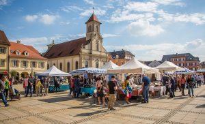 Bezoek een Franse vide-greniers (rommelmarkt)